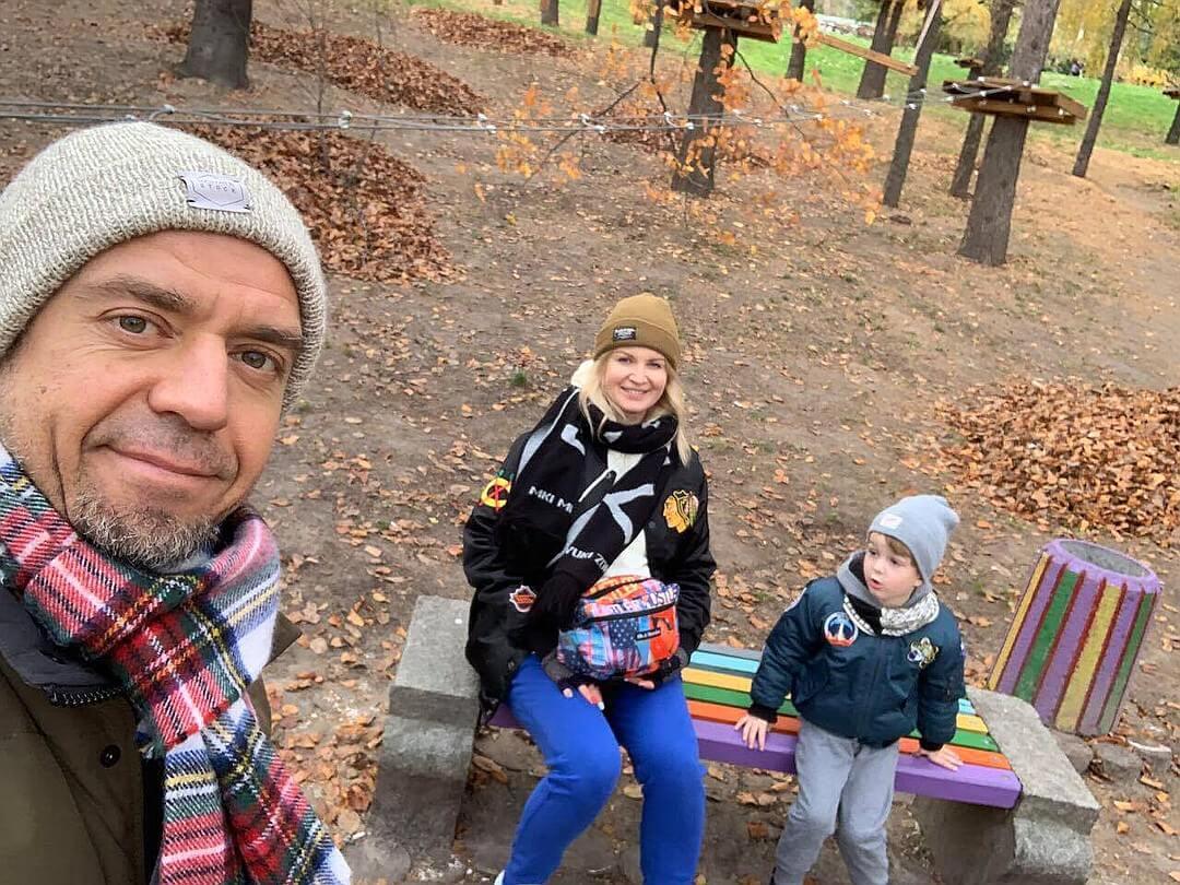 Сергей Михалок с женой и сыном Макаром